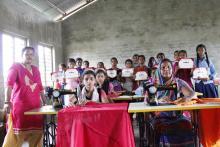 बाढी पिडित महिलाहरूका लागि ४५ दिने सिलार्इ कटार्इ तालिम को तस्वीर